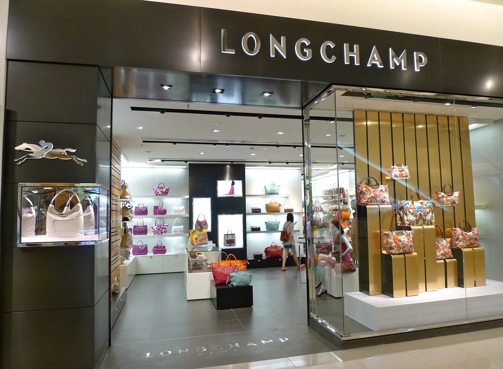 boutique longchamp. Black Bedroom Furniture Sets. Home Design Ideas